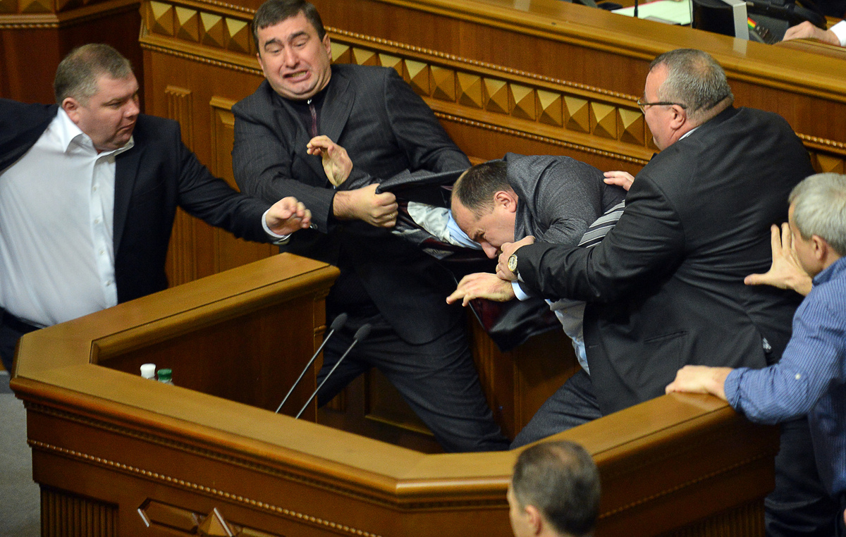 politicians fighting